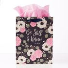 Gift Bag Medium: Be Still & Know, Navy/Pink/White Floral (Psalm 46:10) Stationery