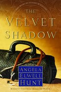 The Velvet Shadow (#03 in The Heirs Of Cahira O'Connor Series) Paperback